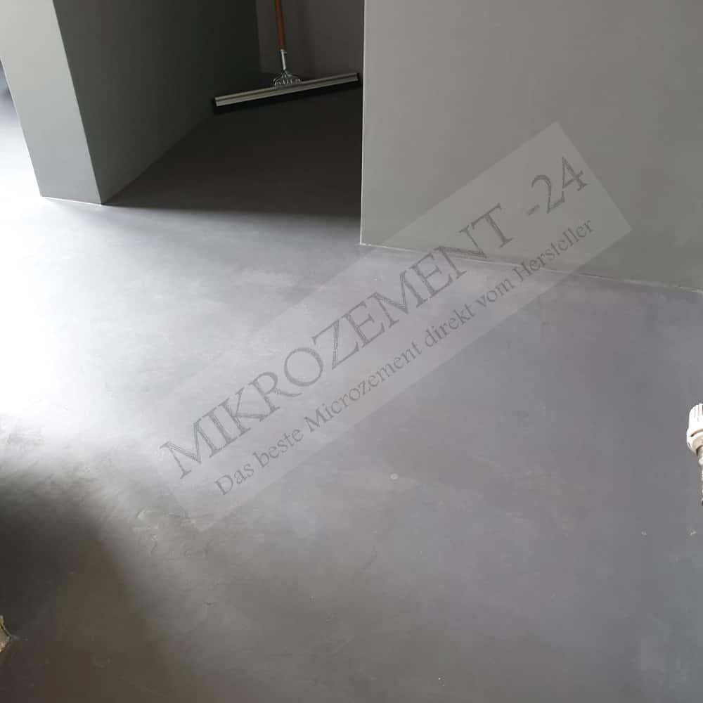 Mikrozement-24.de_Microzement_GO RAL Boden einfach fugenlos